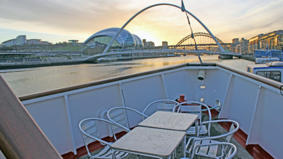 IMG_7165-NEWCASTLE-BOAT-TOUR-RIVER-CRUISE-PARTY-TYNE-SIGHTSEEING